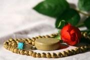 سوال:کسی که تاکنون نماز نخوانده است چگونه باید توبه کند